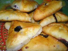Как приготовить пирожки со свежей черникой