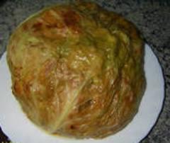 Капуста, фаршированная  мясом и рисом