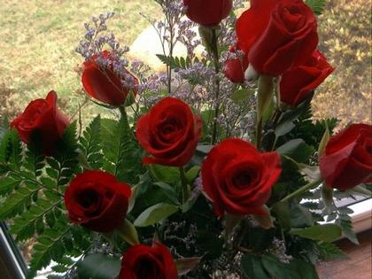 Что делать, чтобы цветы в вазе долго не увядали